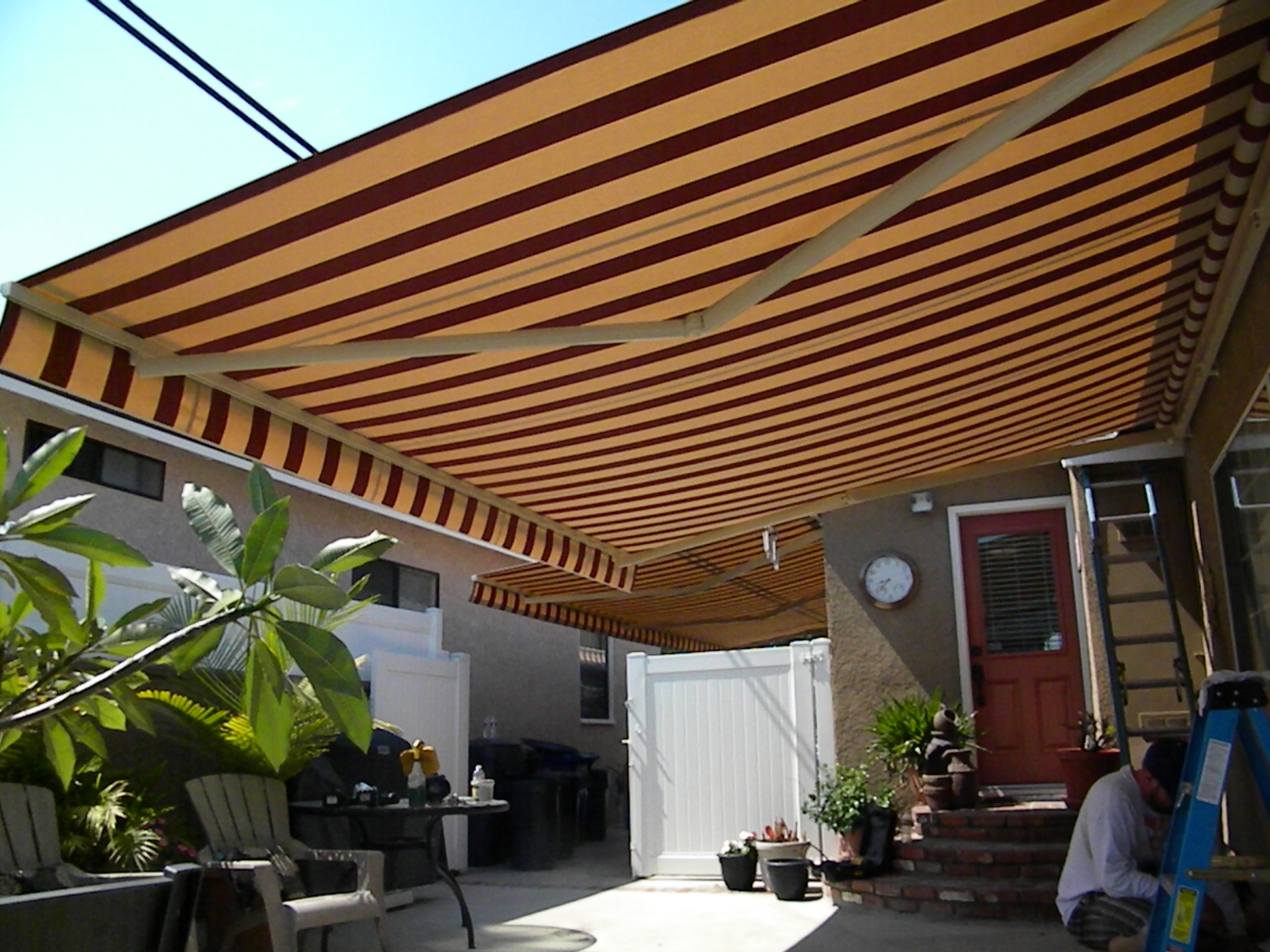 Retractable Awnings Made In The Shade Awnings