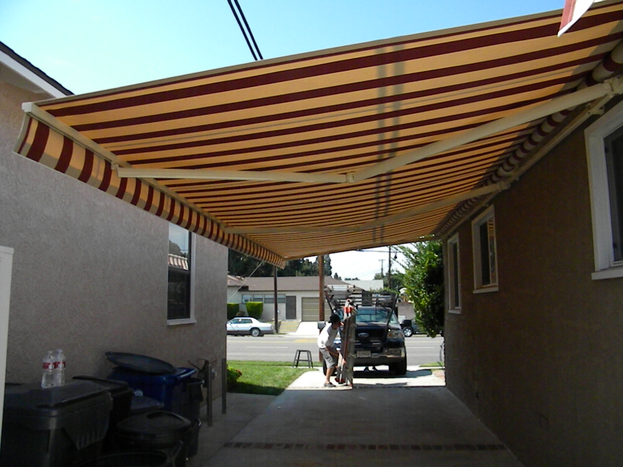 Lateral Arm Awnings | Made in the Shade Awnings